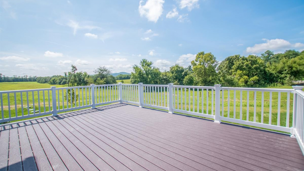 Ramsburg Estates deck